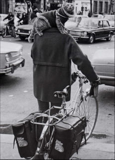 Josef Koudelka (1938-) - Cat on a cyclist's shoulders, Paris, 1973