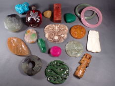 A very nice collection of mineral stones - 1157 g (19)