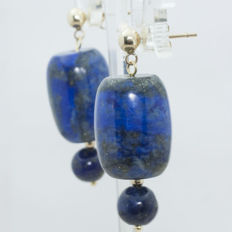 Earrings with lapis lazuli set on 18 kt gold