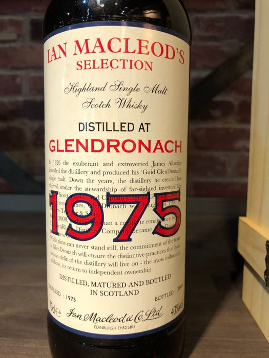 Glendronach 1975 34 years old - Ian Macleod's Selection Limited Edition