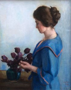 Toon Kelder 1894-1973 - Portrait of a woman with a pearl necklace/tulip vase