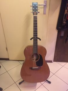Fylde acoustic guitar type Oscino