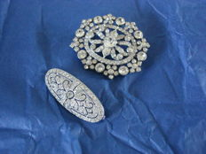 Art Nouveau period - Large brooch and openwork smaller brooch, set with sparkling rhinestones