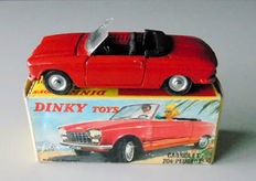 Dinky Toys-France - Scale 1/43 - Peugeot 204 convertible No.511, rare