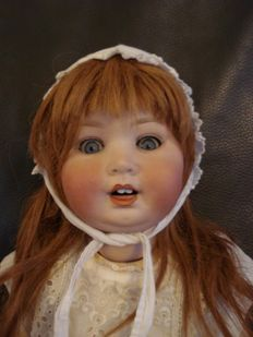 Character baby doll - PM 914 Germany (Porzellanfabrik Mengersgereuth) - 1920s - 48 cm - porcelain head -open mouth with two teeth - shaped tongue - blue sleep eyes - old real hair wig - baby body composition - old clothing (doily old Swiss cotton)