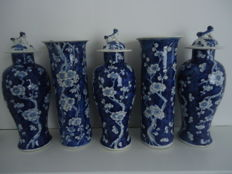 Five vases, cracked ice - China - 19th century