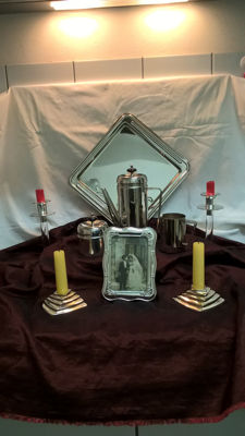 9 piece silver plated lot, 4-piece coffee set, 4 candle stands, 1 photo frame. 2nd half 20th century.