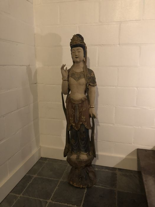 Large wooden Guanyin statue - China - second half of the 20th century (105 cm)