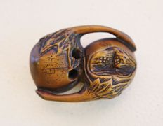 Wood netsuke - Two eggplants - signed by the artist - Japan - 19th century (Edo period)