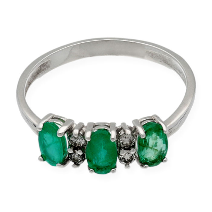 18 kt white gold - Cocktail ring - Brilliant-cut diamonds 0.10 ct - Oval-cut emerald 1.20 ct - Ring size 12.5 (Spain)