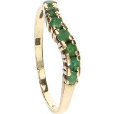 14 kt yellow-gold channel ring, set with emeralds - ring size: 15 mm