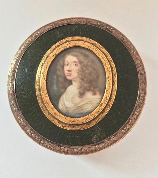 A fine tortoise-shell, shagreen and gold mounted snuff box with a miniature portrait depicting Queen Christina of Sweden (1626-1689) - France - circa 1795