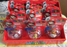 Super Mario figures complete in box 12 pieces new