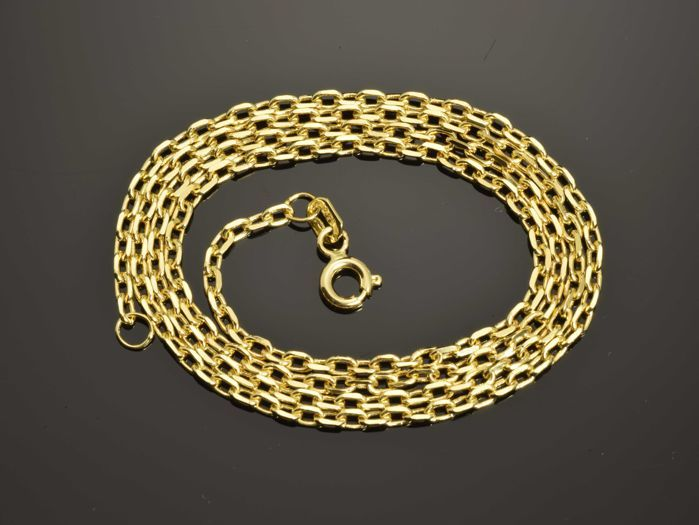 18K Gold Necklace. Chain - 45 cm. Weight 5.7 g.