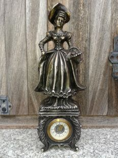 German clock - Mercedes - With a Victorian lady figure, approx. early 20th century