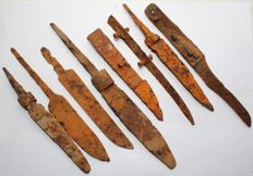 Medieval iron knifes - 127-214 mm (8)