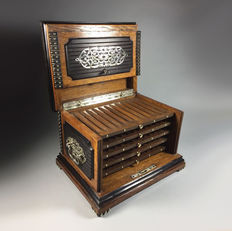 Oak and black wooden cigar box with silver plated fittings and brass nails - France - ca. 1900