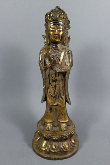 Bronze standing Guan Yin - China - late 20th/early 21st century (28 cm)