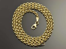 18k Gold Necklace. Chain «Rolo» - 45 cm. Weight 5.34 g. No reserve price.