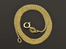 18k Gold Necklace. Chain - 45 cm.