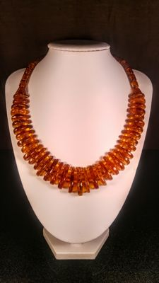 Vintage 100% Genuine Cognac colour Baltic Amber necklace, length 45 cm, 40 grams