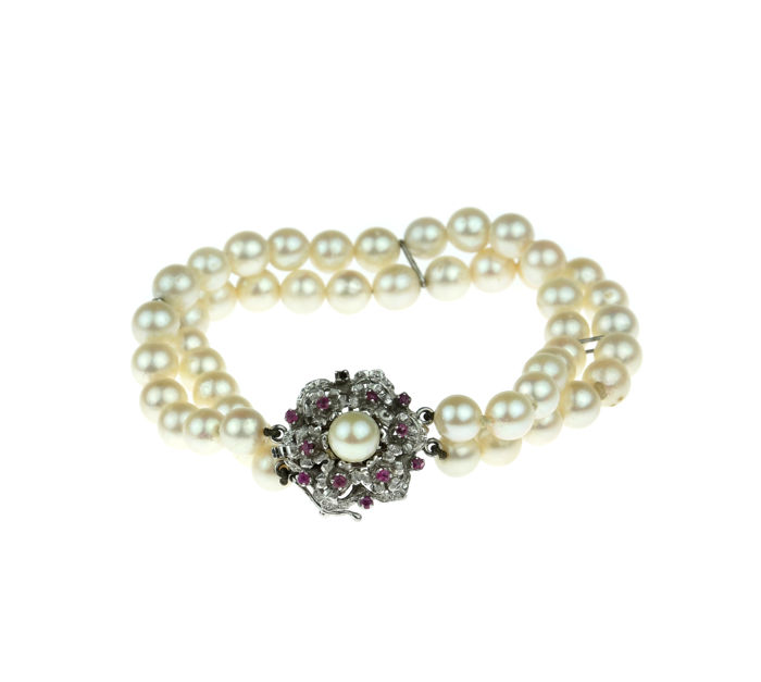 2-rowed cultured pearl bracelet with heavy 14k gold ruby clasp, length 19 cm