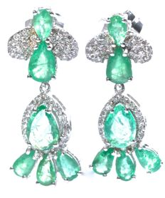 Emeralds 3.55 ct - Earrings - White Gold 18 kt - Diamonds 0.30 ct *** No Reserve Price ***