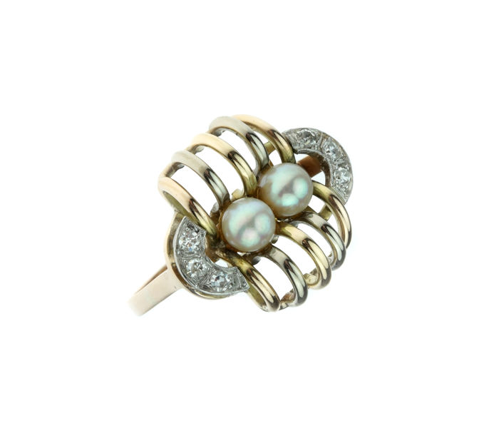 14 kt gold Art Deco women's ring set with diamonds and Akoya pearls