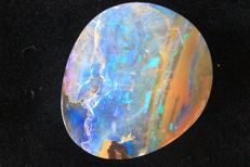 Blue boulder opal - 26 x 21.5 x 7.8 mm - 33.7 ct