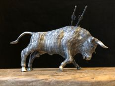 Silver fighting bull, Mexico, 20th century