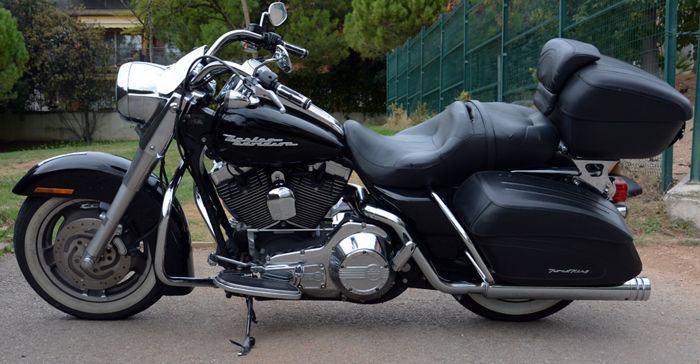 Harley-Davidson - Road King Custom Modelo 2006 - 1500 cc - 2006