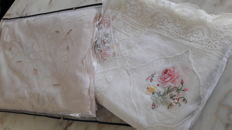 Lot of double bedspreads