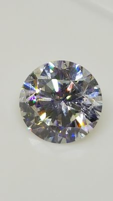 1.32 ct - Round Brilliant - White - D / VS1
