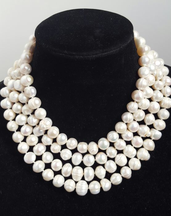 Necklace with white freshwater-cultured pearls - length 180 cm