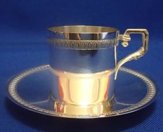 Lovely cup and saucer, sterling silver, Minerva's head hallmark 950/1000, silversmiths Ravinet Louis & Denfert Charles, 1891, Paris