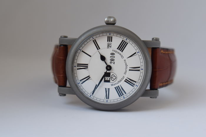 Custom Made Manufaktur Horlogerie Obwalden / Martin Braun – Men's marriage watch – 2010