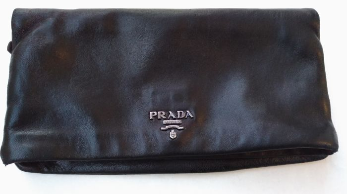 20103c38002c Prada – Clutch purse – Vintage - Catawiki