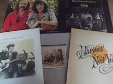 Nice Lot with 5 Albums of Crosby, Stills, Nash & Young and Related