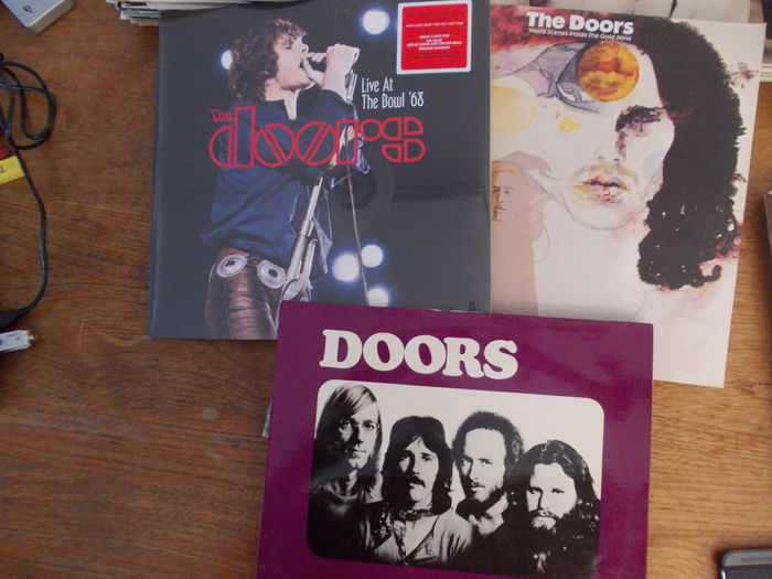 nice lot with a fantastic live album of the doors 2lp. Black Bedroom Furniture Sets. Home Design Ideas