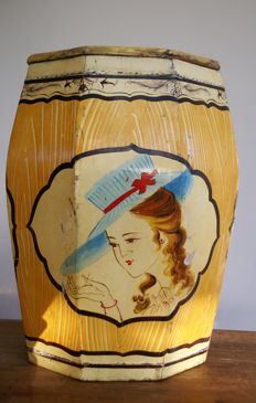 Handpainted lacqer wooden rice barrel octagonal - mid 20th century