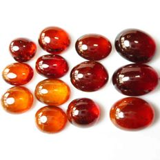 Marvelous spessartite garnet cabochon 1.46-0.91 cm - 76.85 ct - 15.37 gm