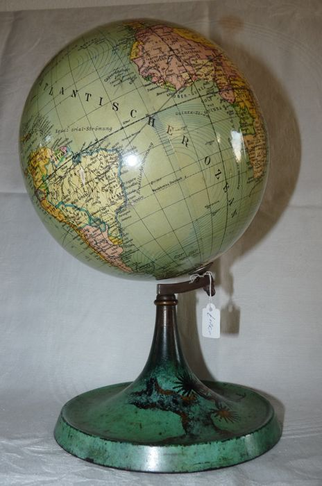 Charming antique desk globe on metal art deco base - Charming Antique Desk Globe On Metal Art Deco Base - Catawiki