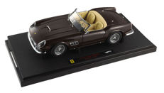 Hot Wheels Elite - Scale 1/18 - Ferrari 250 California Spider 'SWB' - Brown