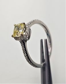 14k White Gold Ring With 0.80ct Fancy Yellow Diamond #1015