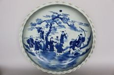 Large plate in blue and white painting - China - 21st century