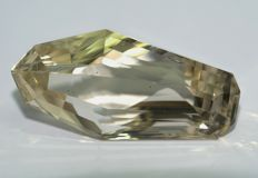Citrine -brownish- yellow   206.02 ct ,    NO RESERVE
