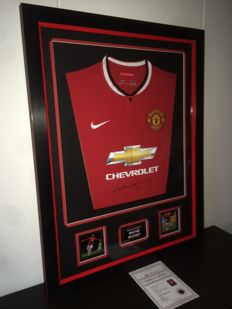 Wayne Rooney / Manchester United - Deluxe Framed Hand Signed shirt + COA and Photoproof A1.