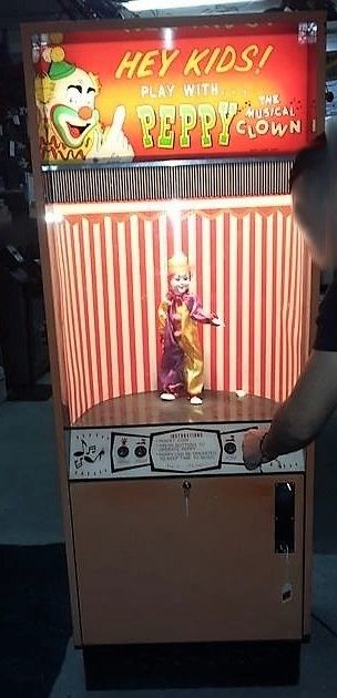 Peppy The Musical Clown - Carnival Art