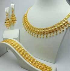 22 Ct  Gold Traditional Jewelry Set ,New(Unused)