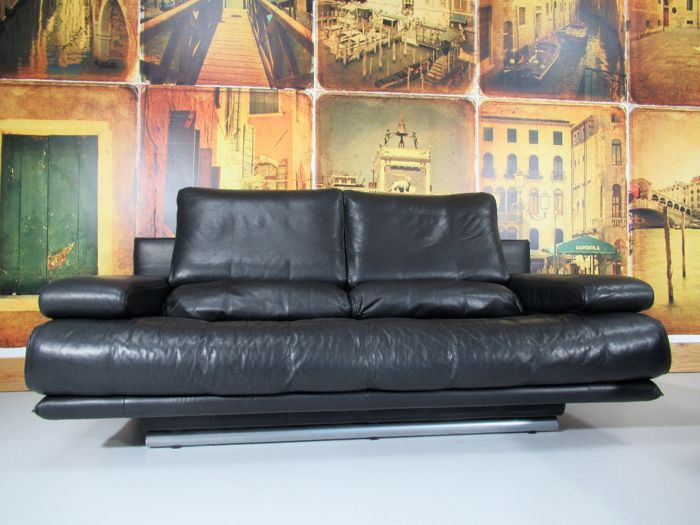 rolf benz black leather sofa 2 pieces type 6500 including ottoman catawiki. Black Bedroom Furniture Sets. Home Design Ideas